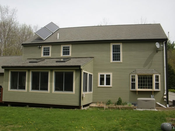 Bedford, New Hampshire - Solar Hot Water