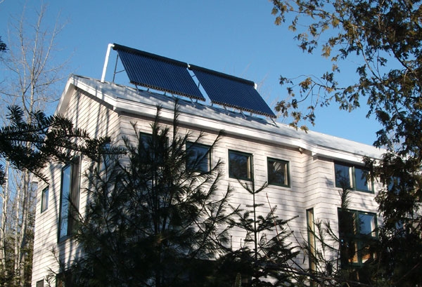 Blue Hill, MA Solar Hot Water