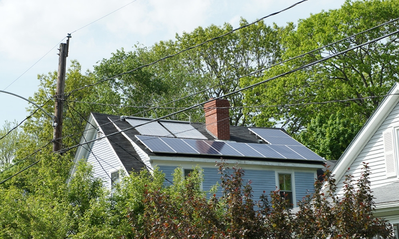 falmouth-maine-solar-hot-water-and-solar-harmon-01.jpg