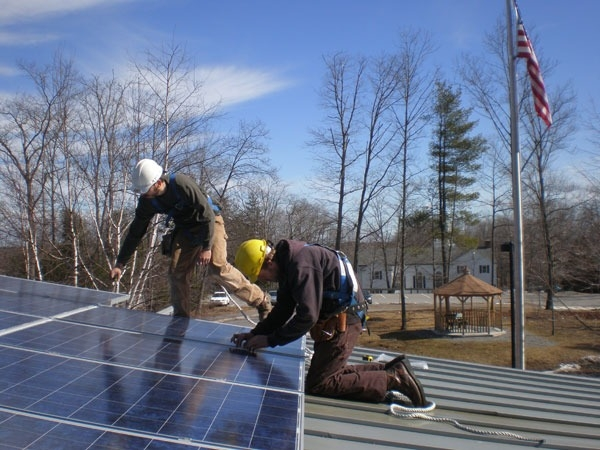 freeport-maine-library-solar-05.jpg