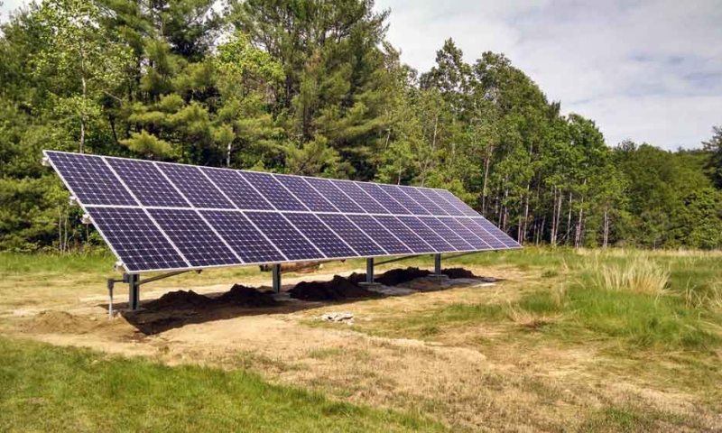 hartford-maine-solar-beaudet.jpg