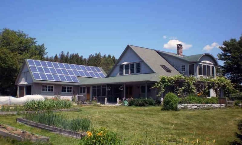 seal-cove-maine-solar-eicher.jpg