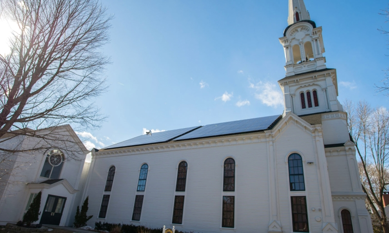 yarmouth-me-solar-firstparish1