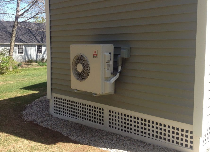 Solar powered mini split heat pumps for Heat setting for home