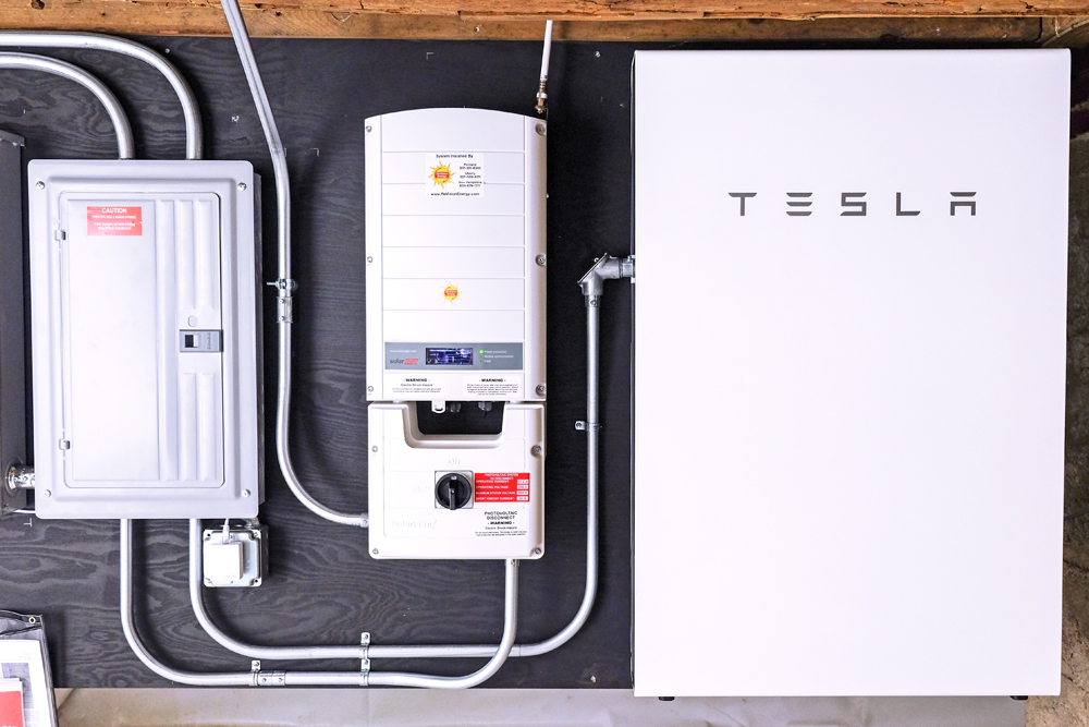batteries solar projects