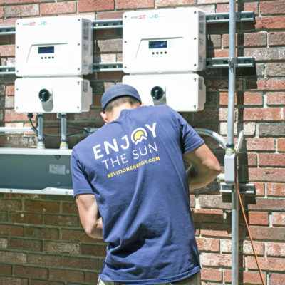 solar electrical worker